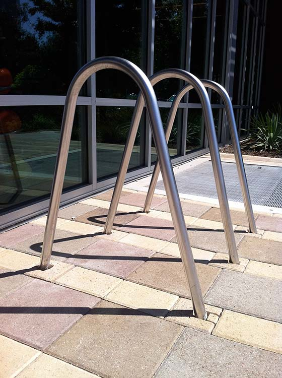 The-bermuda cycle stand