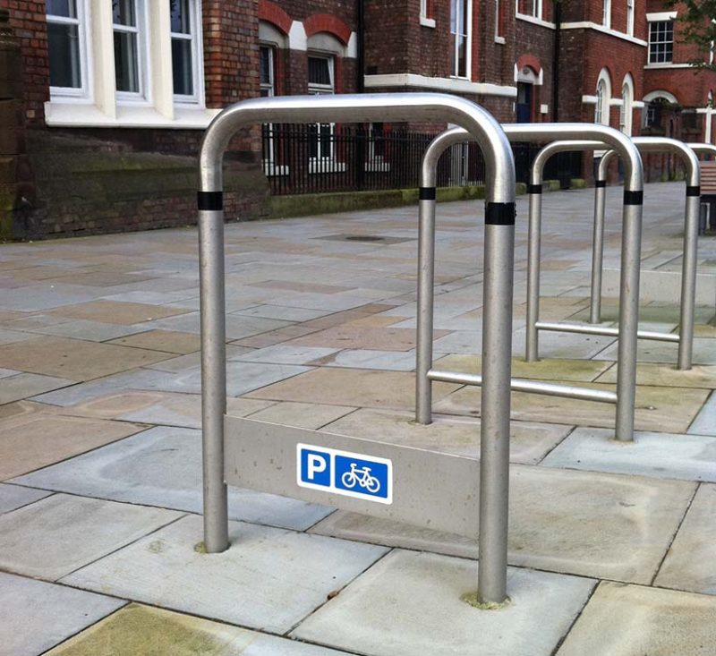 The liverpool curved cycle stand