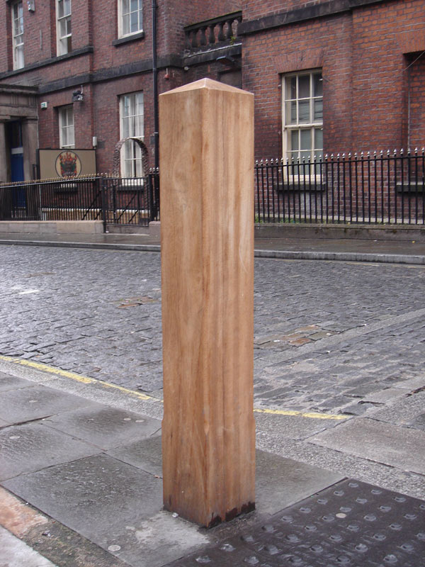 Timber Bollards Low Cost High Quality Wooden Bollards